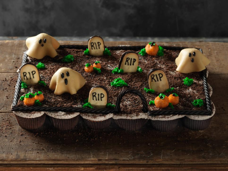 Fun Halloween Cupcakes Pictures