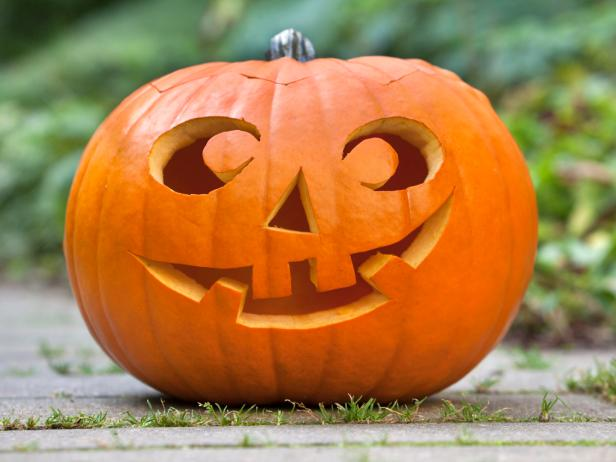 easy Halloween-pumpkin carving patterns